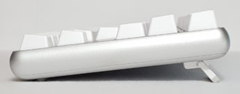 6 degree typing angle with flip-out feet extended