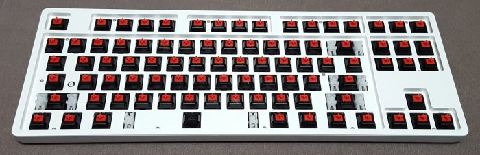 TTC Red linear switches with 1 TTC Black for spacebar