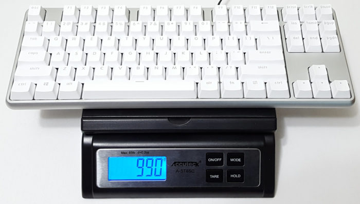 Weighing MK02 aluminum keyboard on scale